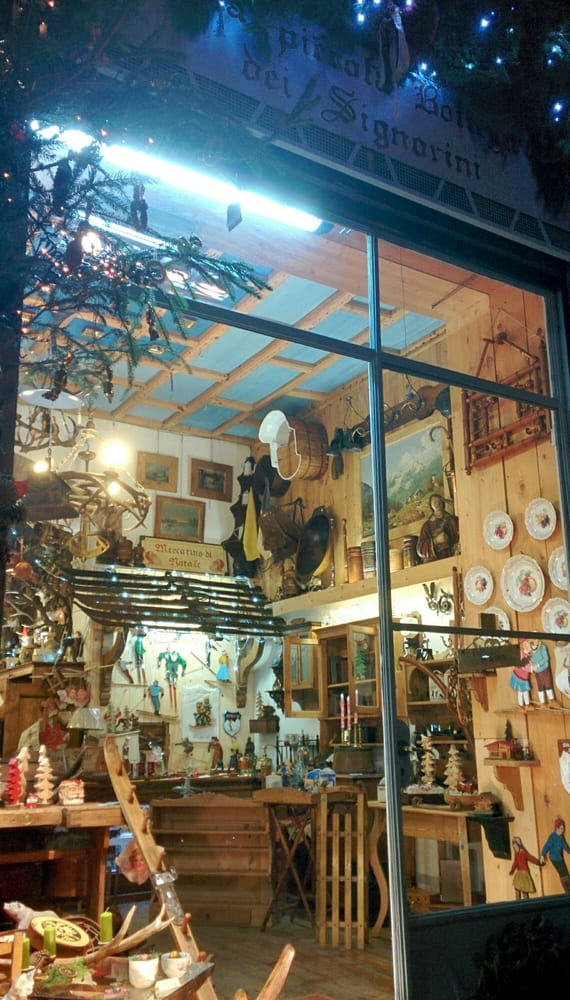 La piccola bottega dei signorini antiquari e for Antiquari a milano