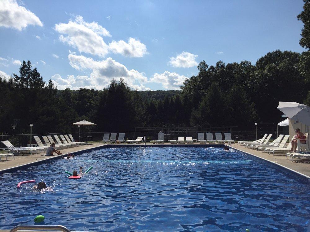 New Milford Tennis & Swim Club: 93 Aspetuck Ridge Rd, New Milford, CT