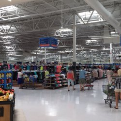 01fa37010d8 Walmart Supercenter - 28 Photos   41 Reviews - Department Stores - 541  Seaboard St