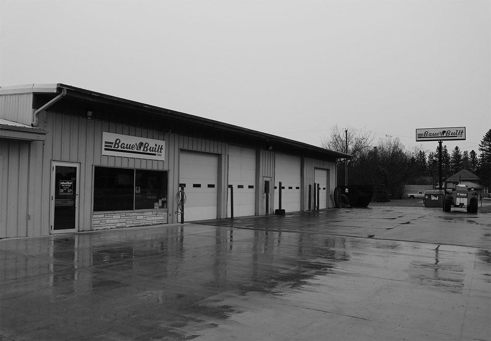 Bauer Built Tire & Service: 510 West Main St, Le Roy, MN