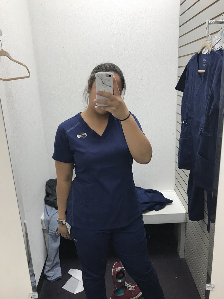 Greys Anatomy Scrubs More Pricey About 38 For Pants And 28 For