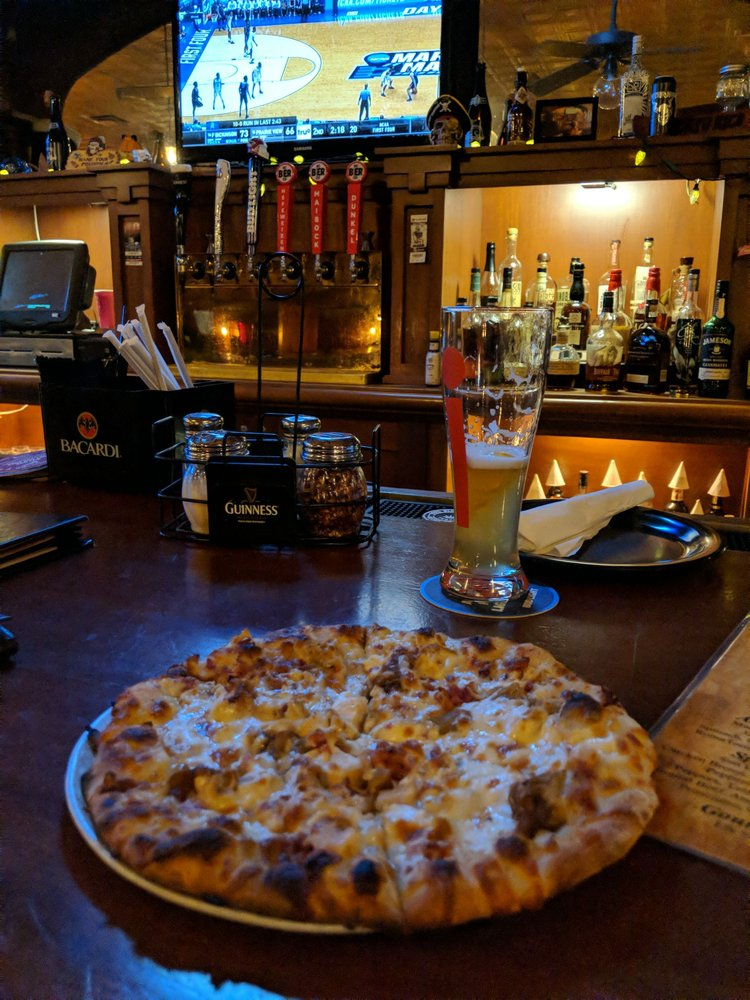 Chiusano's Brick Oven Pizzeria: 1713 Village West Pkwy, Kansas City, KS