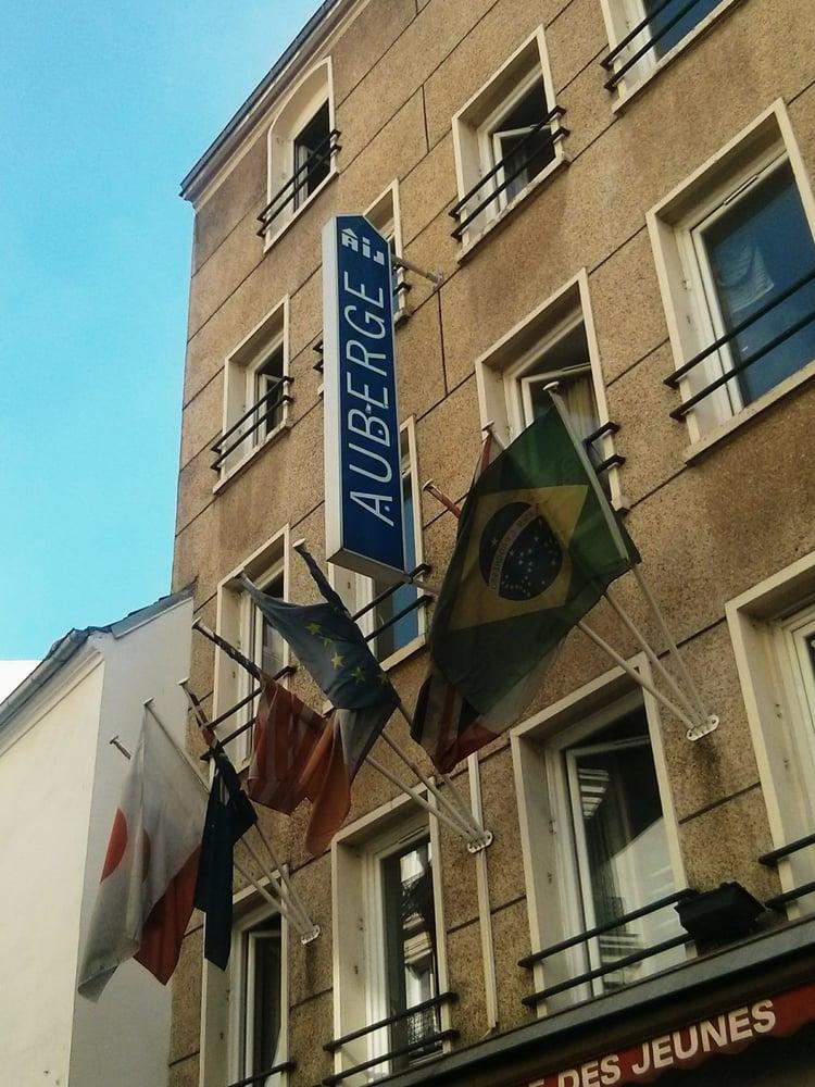 Auberge Internationale Des Jeunes 10 Reviews Hotels