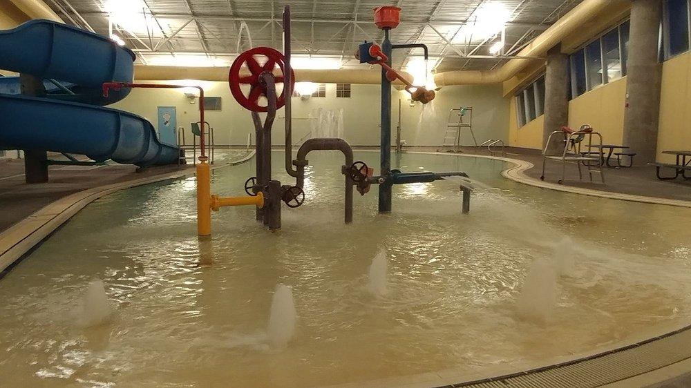 West Mesa Aquatic Center
