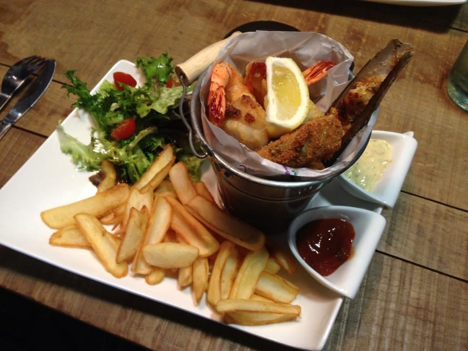 Maison crustac s fish chips 102 rue roger salengro - La table restaurant la roche sur yon ...