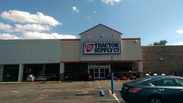 Tractor Supply 3 W Nine Mile Rd Pensacola, FL Department