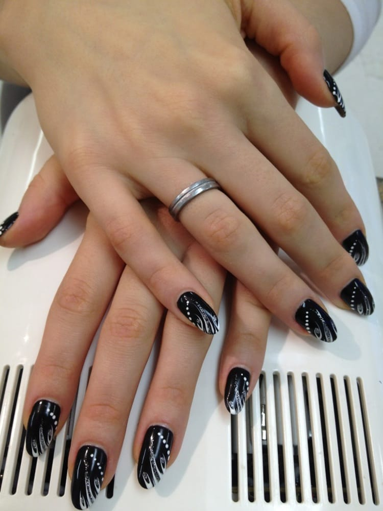 Beautiful no chip manicure with designs yelp prinsesfo Gallery