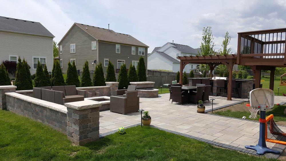 Stepanek Landscaping Inc: Ingleside, IL
