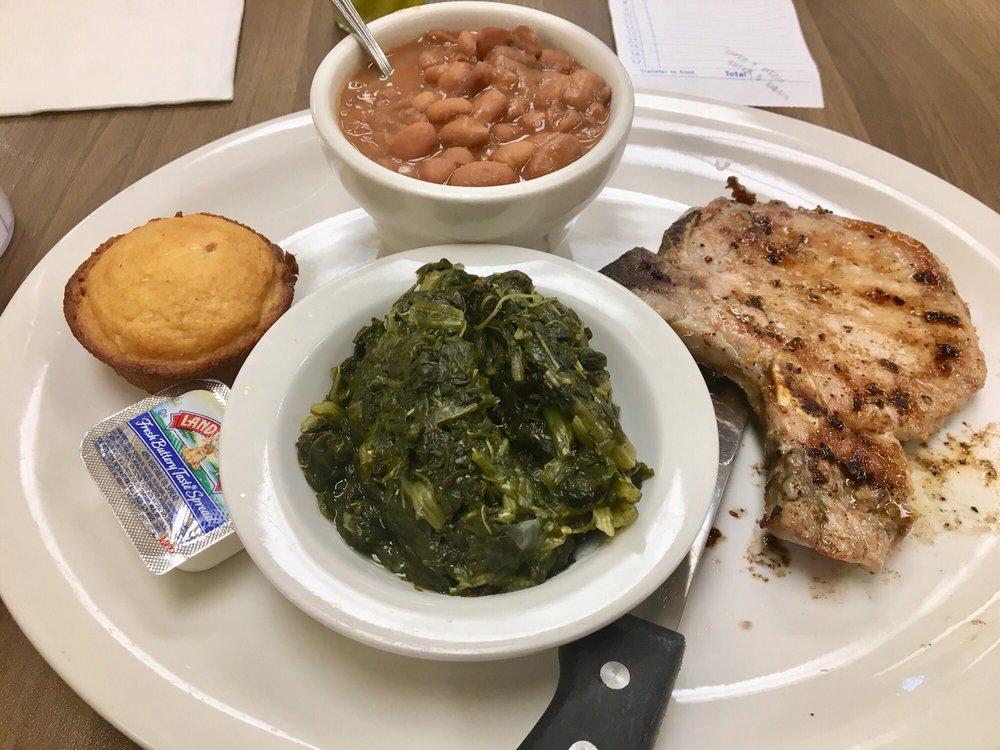 Roane Street Grill: 812 N Roane St, Harriman, TN
