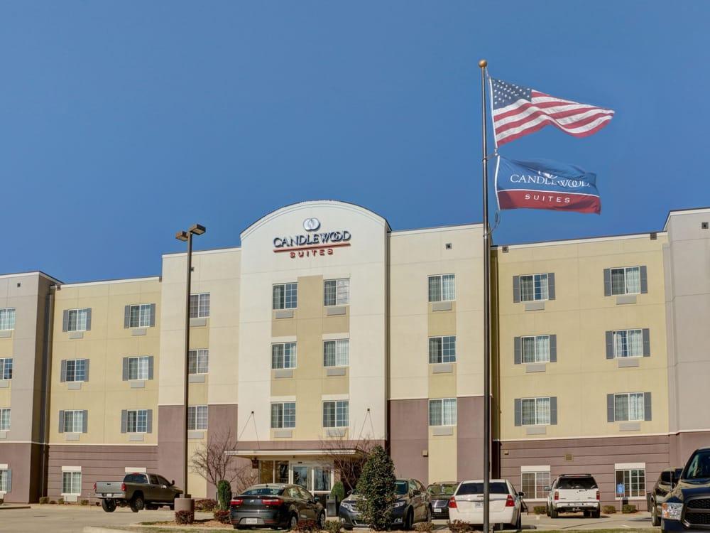 Candlewood Suites Texarkana: 2901 S Cowhorn Creek Loop, Texarkana, TX