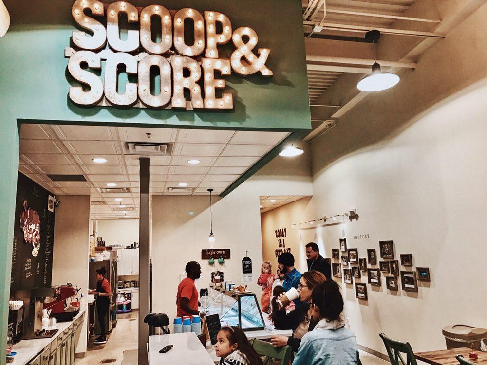 Scoop & Score