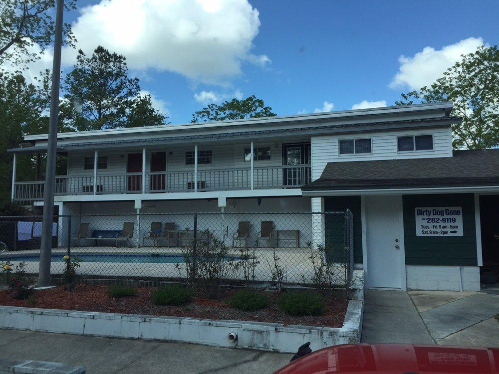 Dirty Dog Gone: 3022 Joe Johns Rd, Middleburg, FL