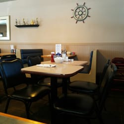 Photo Of Fairport Family Restaurant Harbor Oh United States Dining
