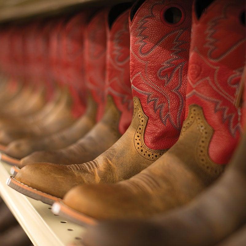 Murdoch's Ranch & Home Supply: 2330 US 93, Kalispell, MT