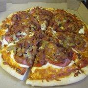 Our Chicken Hawk Photo Of Farmhouse Pizza
