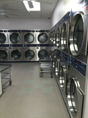 Supreme laundromat 96 ave b new york ny mapquest solutioingenieria Image collections