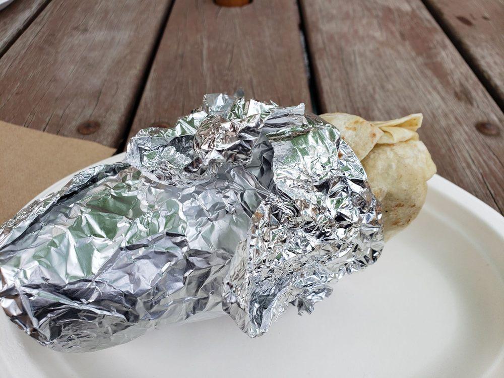 Camalu Baja Grill: 21553 S Molalla Ave, Oregon City, OR