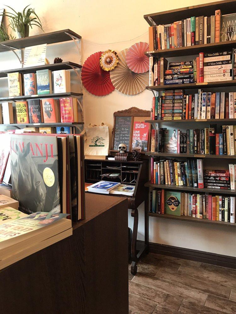Kew & Willow Books: 8163 Lefferts Blvd, Kew Gardens, NY