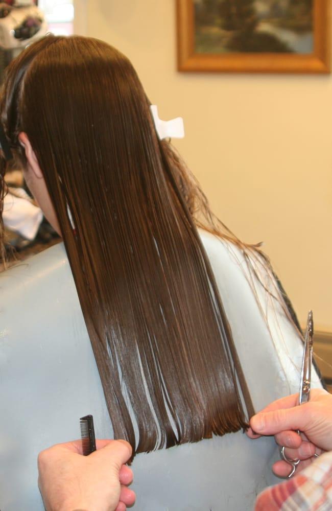 Locksmyth s 13 avis coiffeurs salons de coiffure for Samantha oups au salon de coiffure