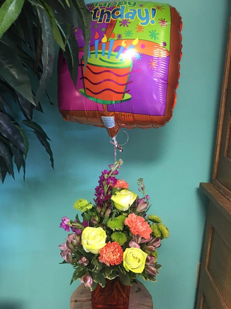 Morris Cragar Flowers: 830 S Muskogee Ave, Tahlequah, OK