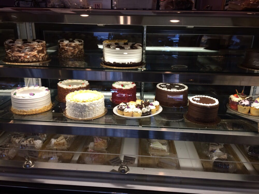 Patisserie Cafe: 627 N Main St, Mooresville, NC