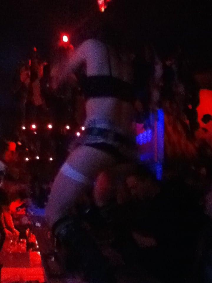 Exit chicago bondage night