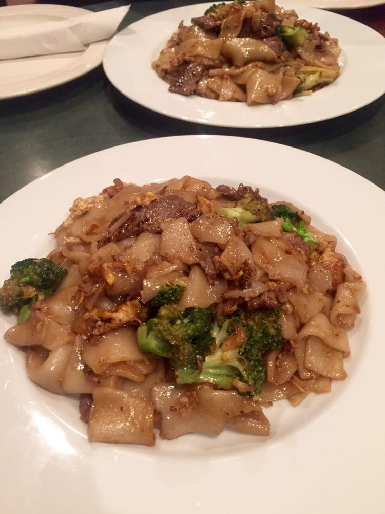 Chao Phra Ya Restaurant Herndon Va