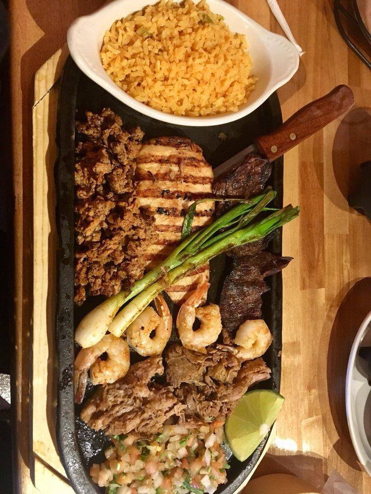 El Chaparral Mexican Restaurant: 7849 Taft St, Merrillville, IN