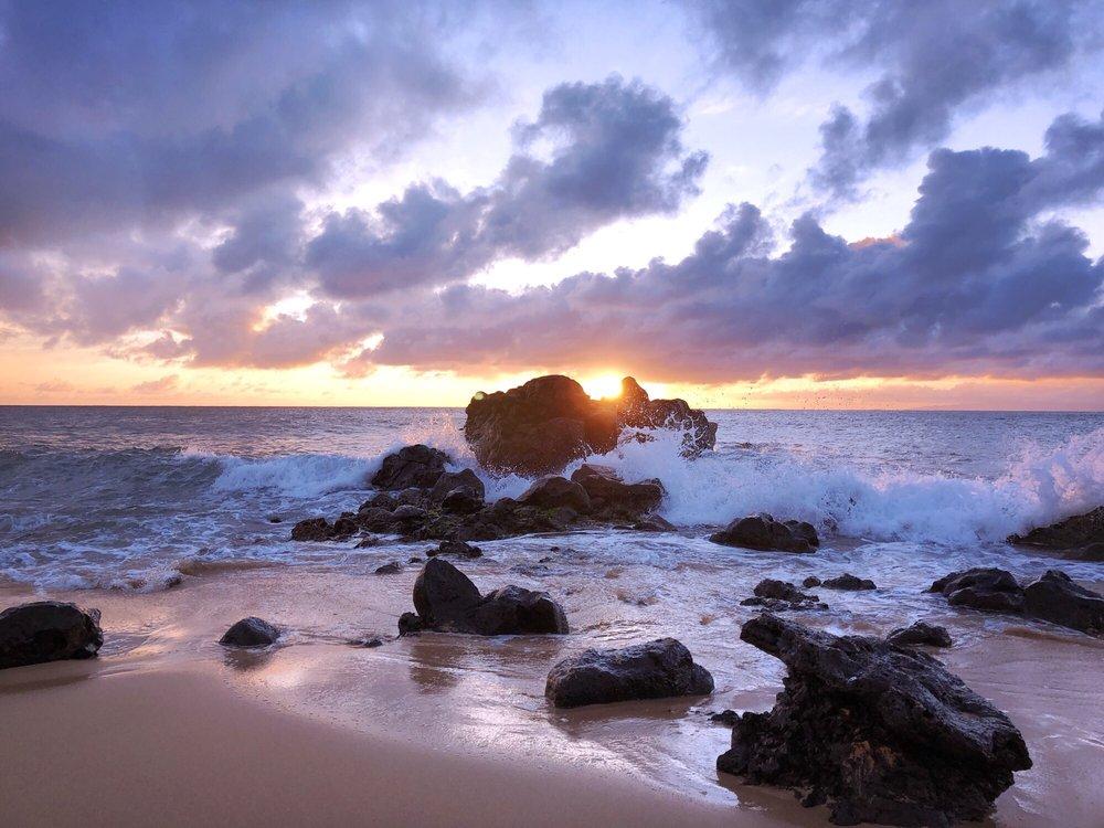 Kepuhi Beach: 1131 Kaluakoi Rd, Maunaloa, HI