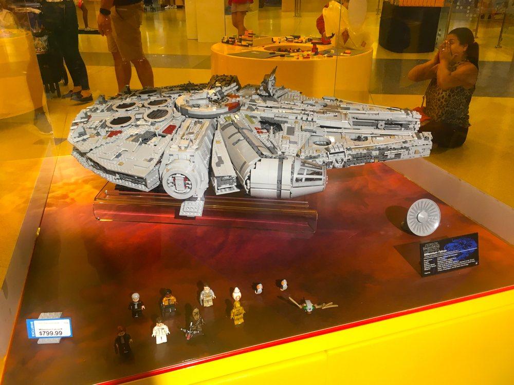 Star Wars new Lego Set - Millennium Falcon - Yelp