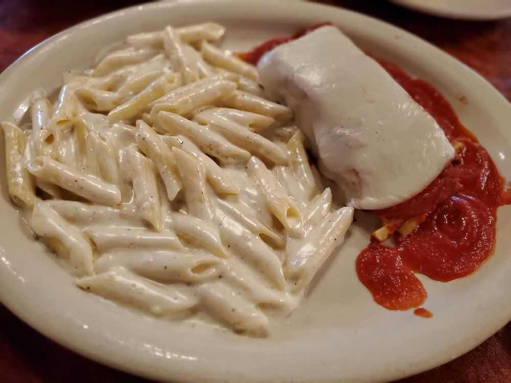 Antonio's Italian Grill & Seafood: 2727 Baker Rd, Baytown, TX
