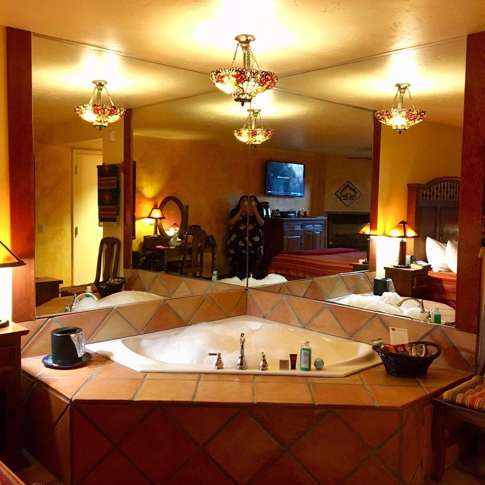 Avila La Fonda Hotel: 101 San Miguel St, Avila Beach, CA
