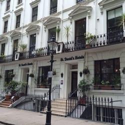 Photo Of St David S Hotels London United Kingdom Außenansicht Vom Park Gegenüber
