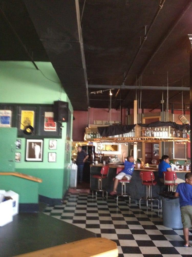 Restaurants Near Downtown Memphis Tn