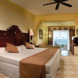 Fotos de hotel riu vallarta yelp for Habitacion familiar hotel riu vallarta