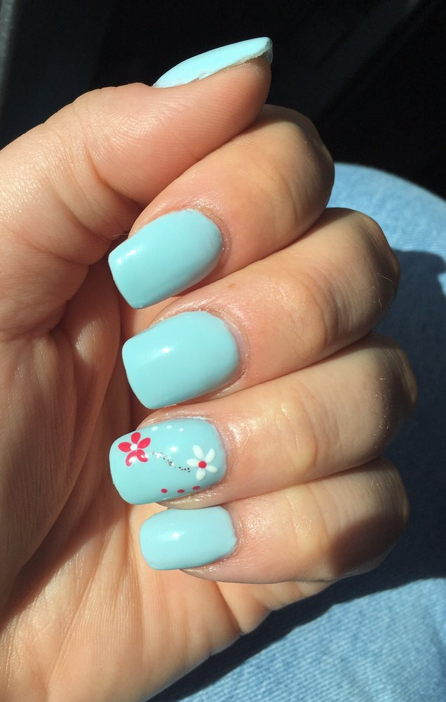 Fill and gel polish by Steven and nail art by Nicki. So cute!!! - Yelp