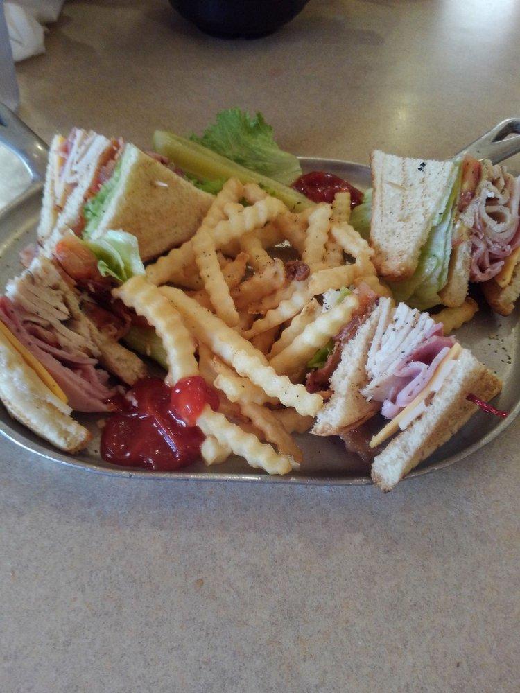 Iron Skillet Restaurant: 5235 N Sunland Gin Rd, Casa Grande, AZ