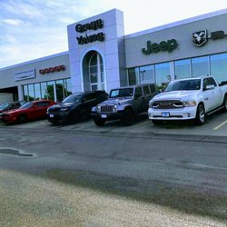 Gregg Young Chrysler Dodge Jeep Ram - Auto Repair - 1803 S Locust St