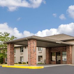 Photo Of Quality Inn Reedsburg Wi United States