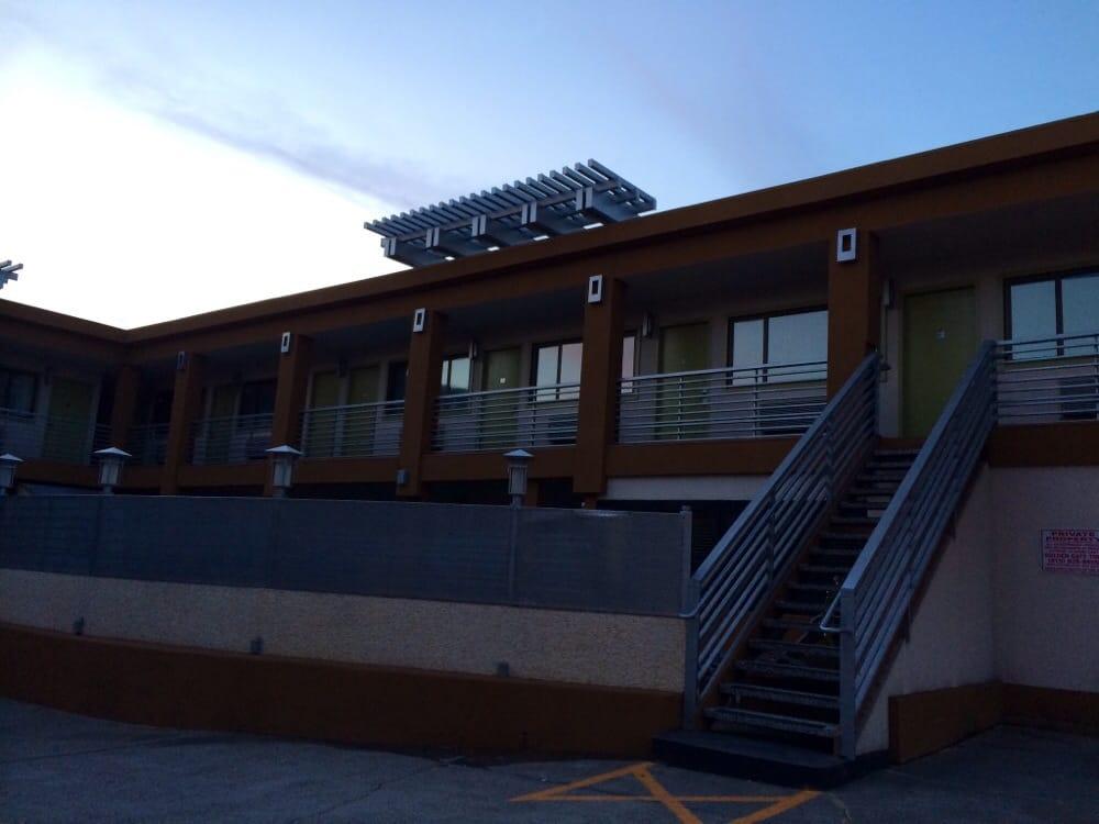 Photos for civic center motor inn yelp for Motor inn san francisco ca