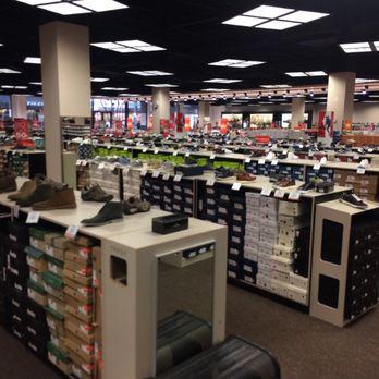 24dbb8d65d91 Off Broadway Shoes - 32 Photos   45 Reviews - Shoe Stores - 20 City ...