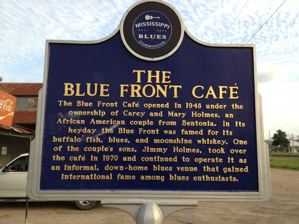 Blue Front Cafe: 107 E Railroad Ave, Bentonia, MS