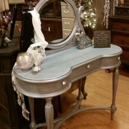 Photo Of Pretty N Chic Furniture   Vacaville, CA, United States