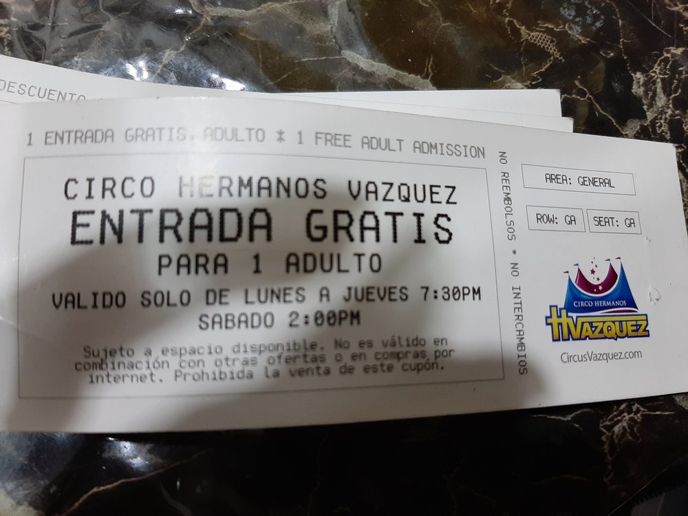 Hermanos Vazquez - Circus