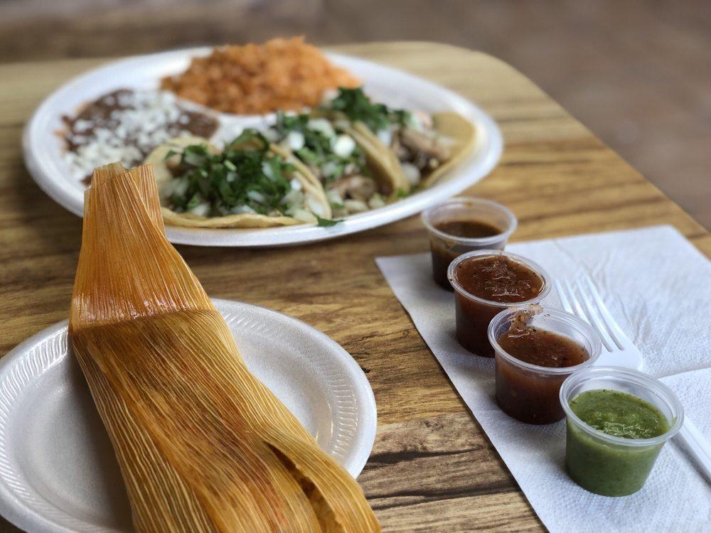 La Mina Mexican Restaurant: 12812 Main St, Lamont, CA