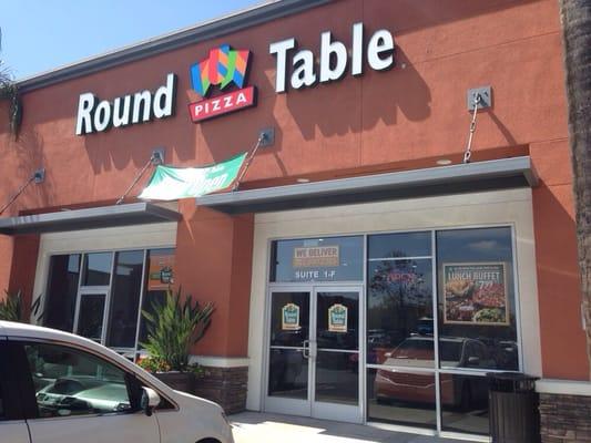 Round Table La Habra.Round Table Pizza 55 Photos 105 Reviews Pizza 1202 S Idaho
