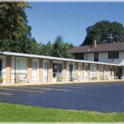 Hotels | Weathervane Terrace Inn & Suites in Charlevoix MI