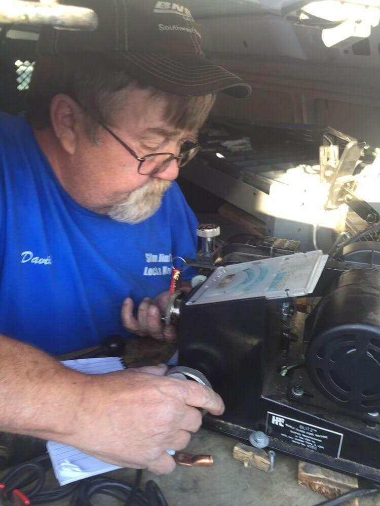 Cutting keys yelp for Slim jim air conditioner