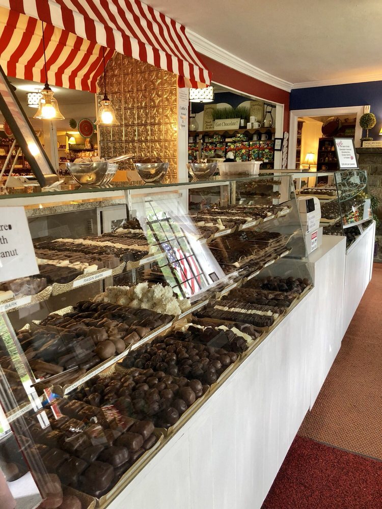 Callie's Candy Kitchen: Rt 390, Mountainhome, PA