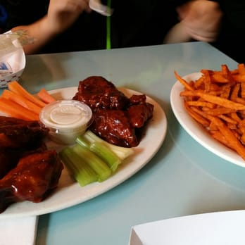 Atomic Wings Hell S Kitchen